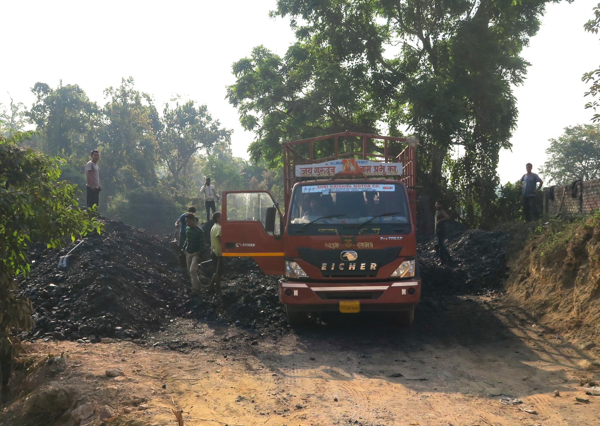 Coal being loaded onto a truck for shipment to nearby Bangladesh (East Garo Hills)